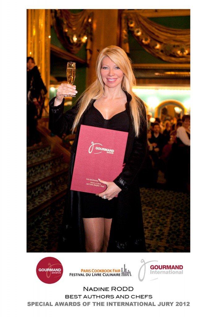 Nadine Rodd primée ! dans Actualites / News Nadine-Rodd-Gourmand-Award-705x1024
